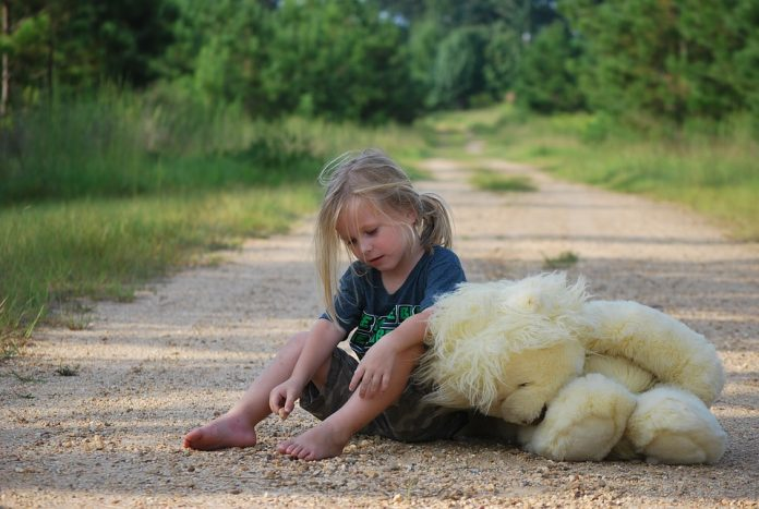 κορίτσι χαιδάρι